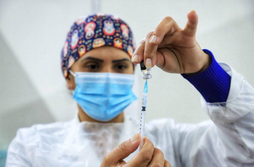 Mais de 5,5 milhões de paranaenses já foram vacinados contra a Covid-19