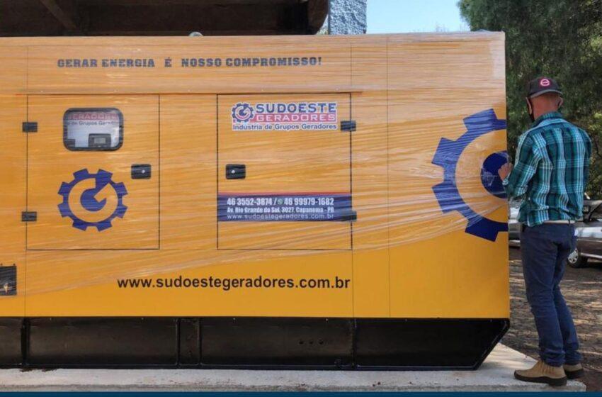 Prefeitura de Manoel Ribas faz a entrega de um gerador de energia para o Hospital Municipal