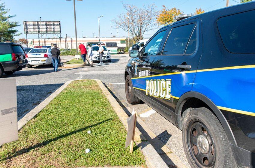 Mulher é presa após dirigir por meses nos EUA com corpos dos sobrinhos no porta-malas