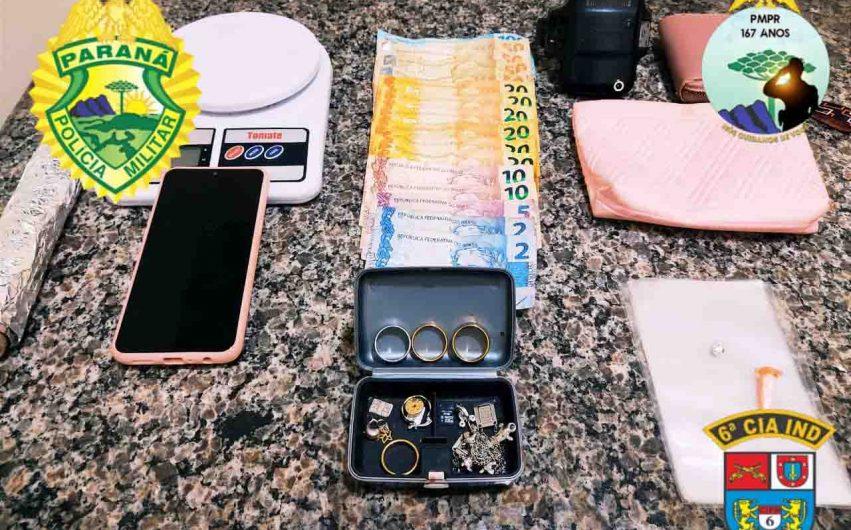 Mulher é presa por suspeita de tráfico de drogas em São João do Ivaí