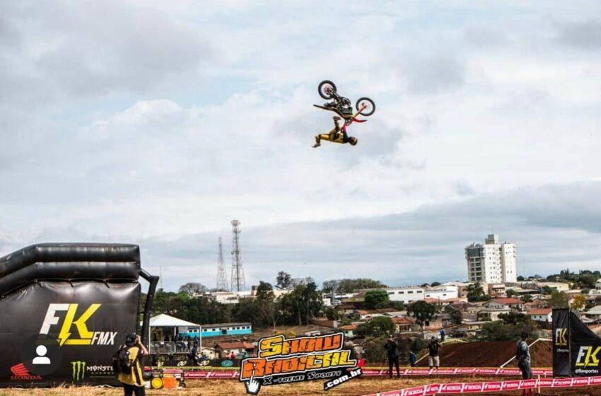 Campeonato Brasileiro de Motocross em Faxinal; Vejam fotos e vídeo