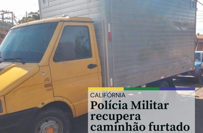 Polícia Militar de Califórnia recupera caminhão furtado e prende três pessoas