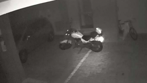 Moto anda sozinha dois dias depois do proprietário morrer em acidente no PR