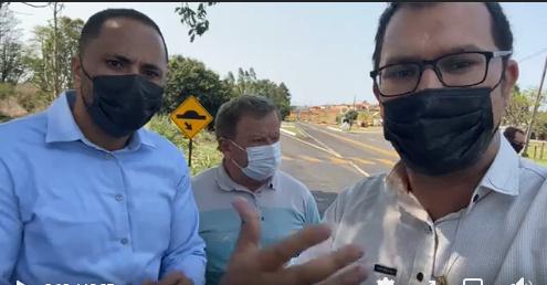 Deputado Do Carmo visitando municípios da região