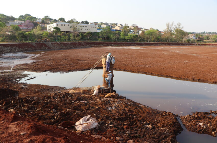 Prefeitura de Ivaiporã começa encher Lago do Parque Ambiental Jardim Botânico