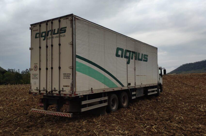 PC de Faxinal recupera caminhão tomado em assalto