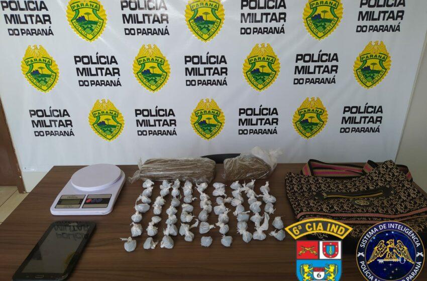 Polícia Militar prende mulher suspeita de tráfico de drogas em Ivaiporã