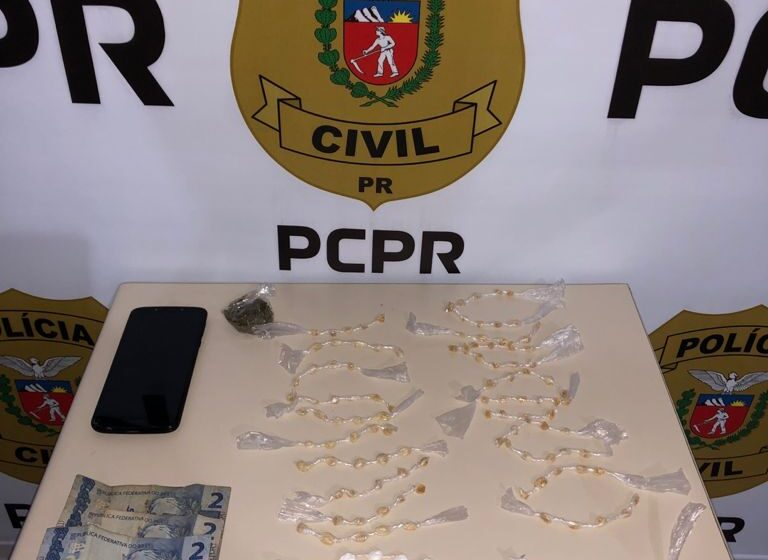 Mulher é presa suspeita de tráfico de drogas em Faxinal