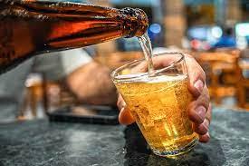 Cerveja vai ficar mais cara a partir desta sexta; entenda
