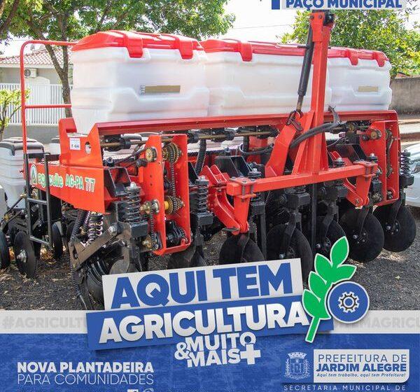 JARDIM ALEGRE – Adquire plantadeira para agricultores