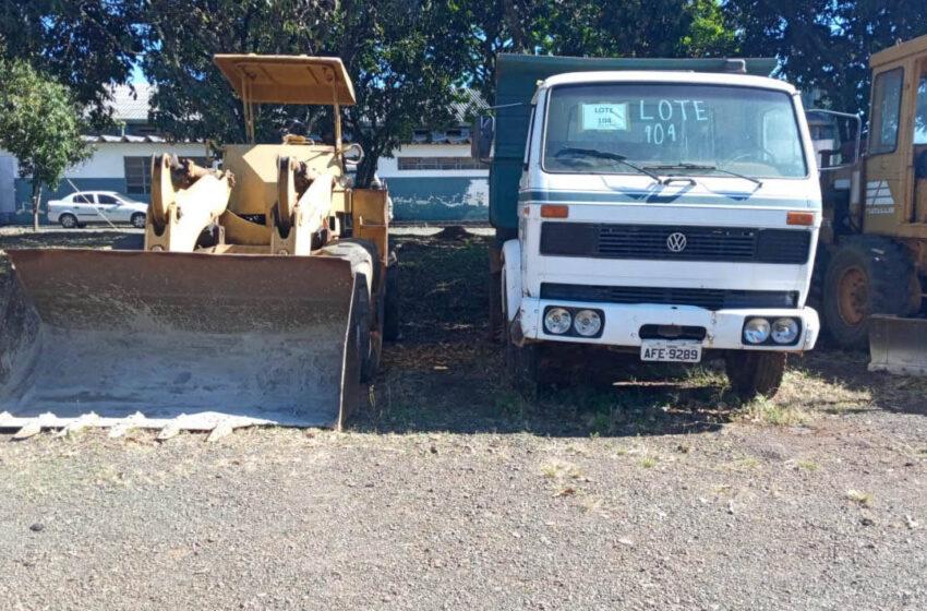 Estado vai doar quase 100 equipamentos e veículos pesados para prefeituras