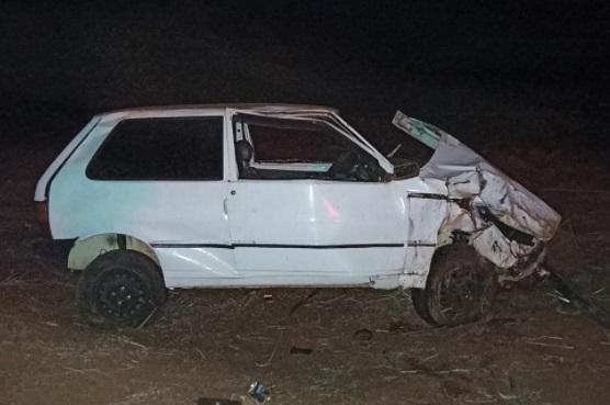 Uno capota no mesmo local de outro acidente em Faxinal