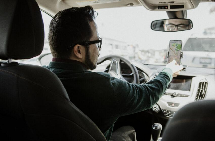 Projeto de lei que cria o Dia do Motorista de Aplicativo é aprovado na CCJ