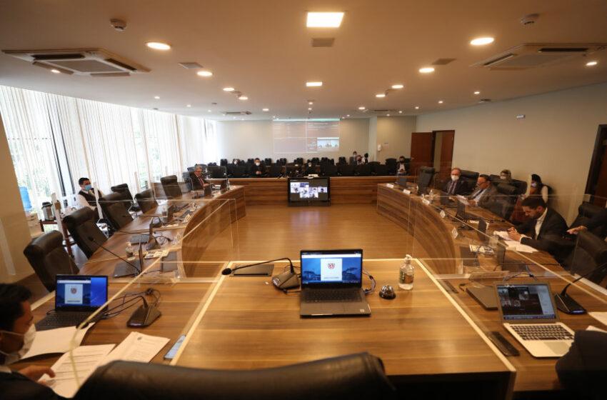 CCJ aprova proposta que concede benefício de R$ 80 a famílias vulneráveis