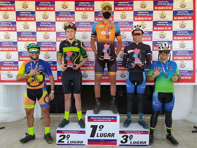 Ciclista Marcos Picula vence a etapa de 45km do pedal MTB em Rio Branco do Ivaí