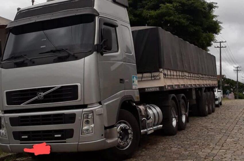 BORRAZÓPOLIS – Caminhão do conhecido Marino, foi roubado em São Paulo