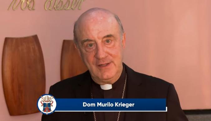 Dom Murilo Krieger prega retiro para padres em Maringá