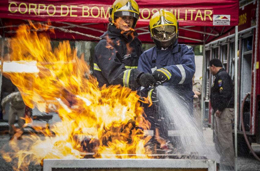 Corpo de Bombeiros do Paraná comemora 109 anos com 300 mil atendimentos anuais