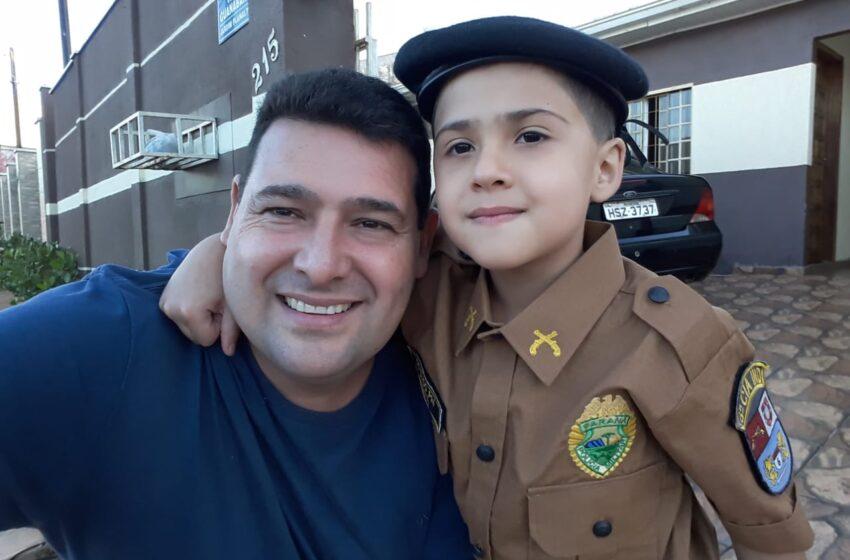 Policiais militares presenteiam menino de 6 anos com farda em Ivaiporã