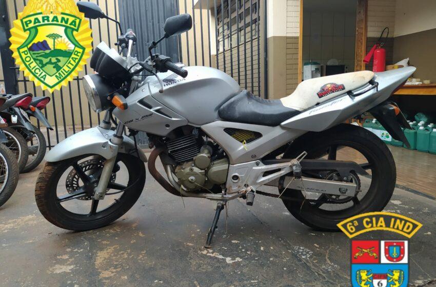 Polícia de Ivaiporã recupera moto furtada