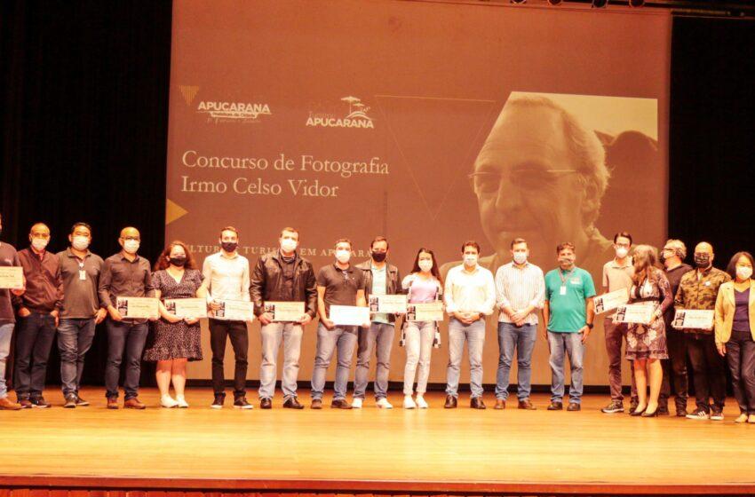 Apucarana entrega premiação de concurso de fotografia