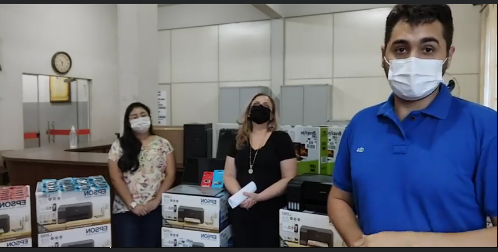 Prefeita Maria Regina adquire equipamentos de informática para o município