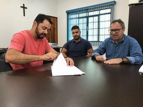 Prefeitura de Rio Bom realiza concessão de uso de imóvel para fábrica de elásticos